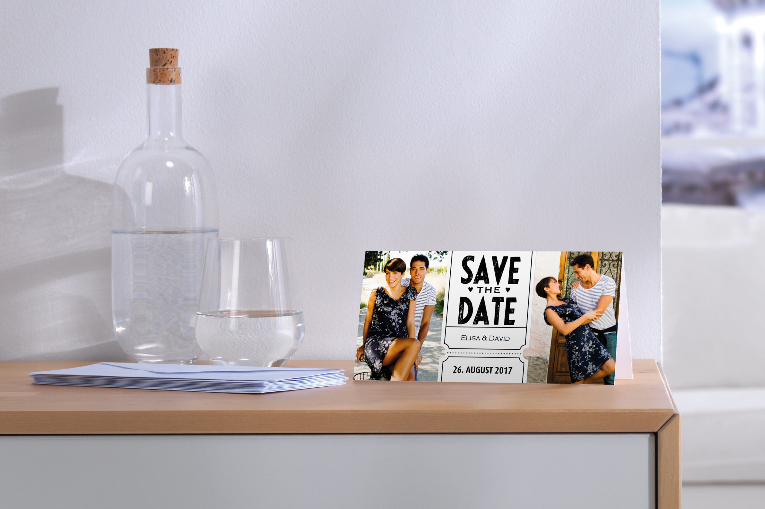 Selbst gestaltete Einladungskarten zur Hochzeit