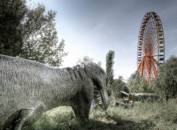 Lost Places - Dinos im Spreepark
